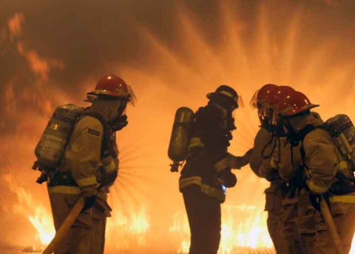 Puerto rico, apagón, explosión e incendio, planta de energía,