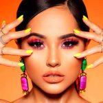 belleza, becky g, linea de maquillaje, cantante, tresluce, mundo empresarial,