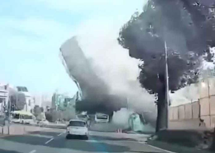 corea del sur, bus, edificio, demolicion,