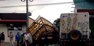 costa rica, accidente vial, cinco muertos, choque, camiones,