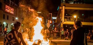 estados unidos, mineapolis, automovil, arrollo, muerto, heridos, manifestantes,