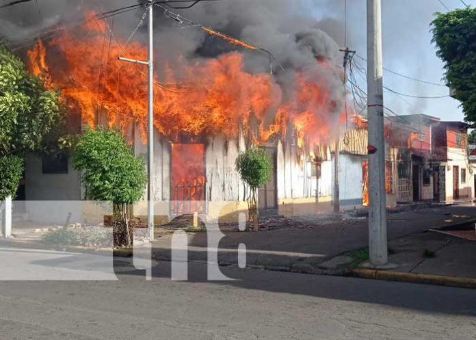 nicaragua, incendio, viviendas, managua, barrio santa ana,