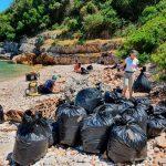 itaca, isla griega, retiro, toneladas, basura, autoridades, medioambiente,