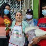 nicaragua, madres, paquete alimenticio, heroes y martires, managua,