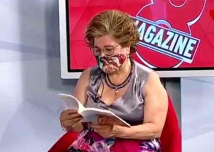 espana, maria de los sensoles soto, video, viral, poema erotico, insolito, redes sociales,