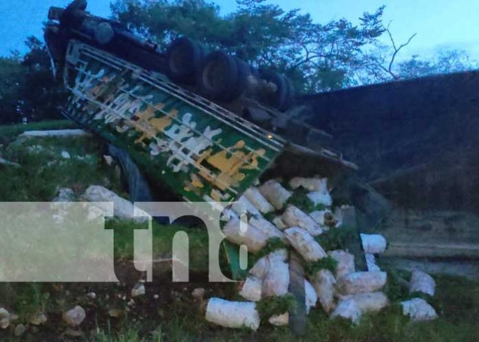nicaragua, chontales, vuelco, camion, accidente,