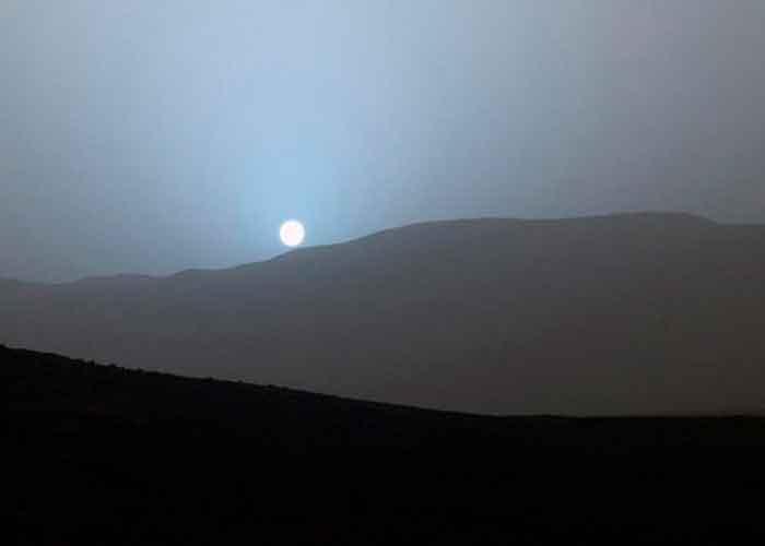 Atardeceres azules en Martes