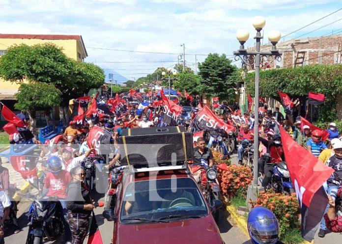 Foto: Familias de Rivas celebran 42 aniversario de la Revolución /TN8
