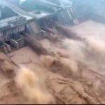 Foto: Inminente colapso de una represa en China por las fuertes inundaciones/Cortesía