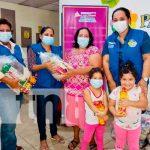 Foto: 197 madres de partos múltiples de Chinandega reciben alimentos/TN8