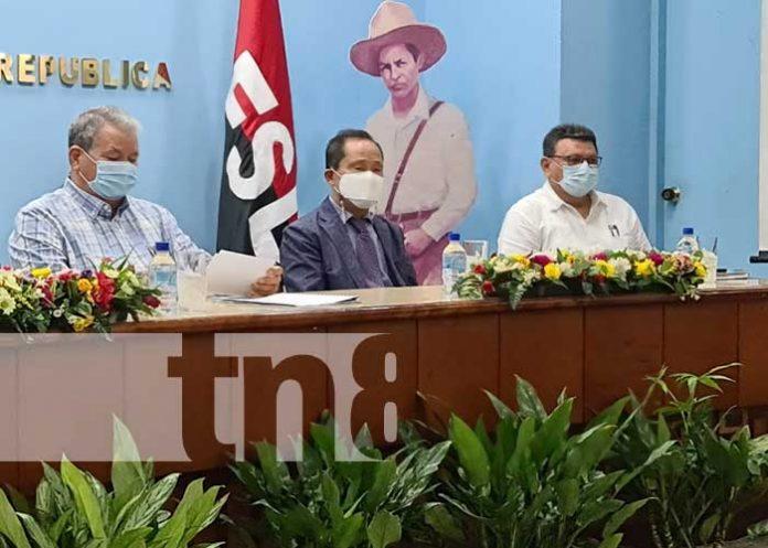 El CONICYT, con instituciones de gobierno desarrollaron este viernes un congreso de hortalizas para la seguridad alimentaria