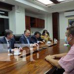 Delegación de la República de Abjasia reunido con funcionarios de Nicaragua