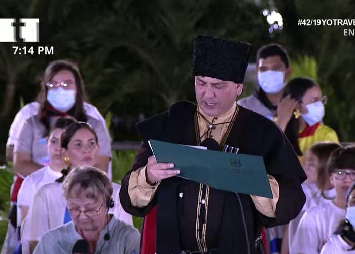 Ministro de Relaciones Exteriores de la República de Abjasia en el acto del 42/19.
