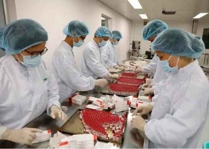Vietnam produce primer lote de la vacuna rusa Sputnik V en su territorio
