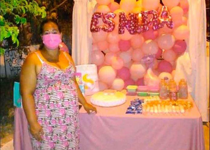 Con mucho amor organizó su baby shower y nadie llegó a la fiesta