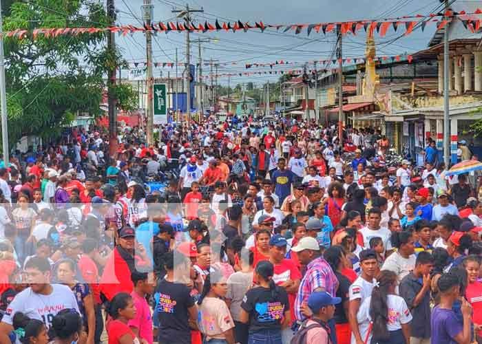 Concentración en Bilwi por la celebración del 42/19