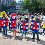 Mexicanos marchan para exigir fin a bloqueo contra Cuba