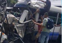 Foto: Choque de microbús en Ilopango El Salvador provoca una decena de lesionados / LPG