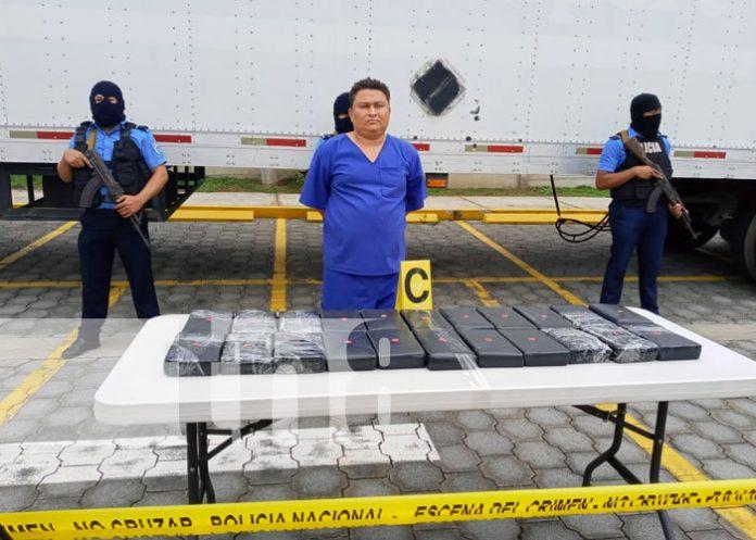 Foto: Capturan a hondureño con 25 kilos de cocaína en Peñas Blancas / TN8