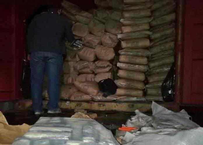 Incautan más de 3 toneladas de cocaína en bolsas de azúcar, Paraguay