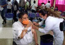 Aplicación de la vacuna contra el COVID-19 en Nicaragua