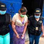 guatemala, detencion, mujer, nima, fumar, marihuana,