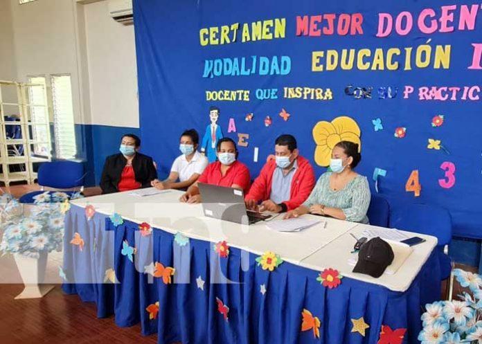 Selección de la Mejor Docente en Managua