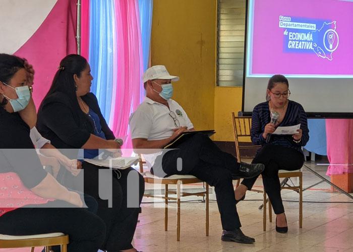 Foto: Foro de Economía con emprendedores / TN8