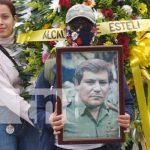 """Ofrenda floral para el Comandante """"El Zorro"""" en Estelí"""
