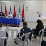 Acto de firma de convenio para protección de equinos en Nicaragua