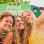 De película: Tres mujeres descubren que tenían el mismo novio y se hacen amigas