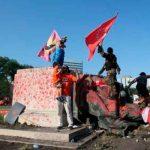 canada, derribo, estatuas, britanicas, protestas,