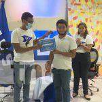 Jóvenes estudiantes de Managua reciben reconocimientos