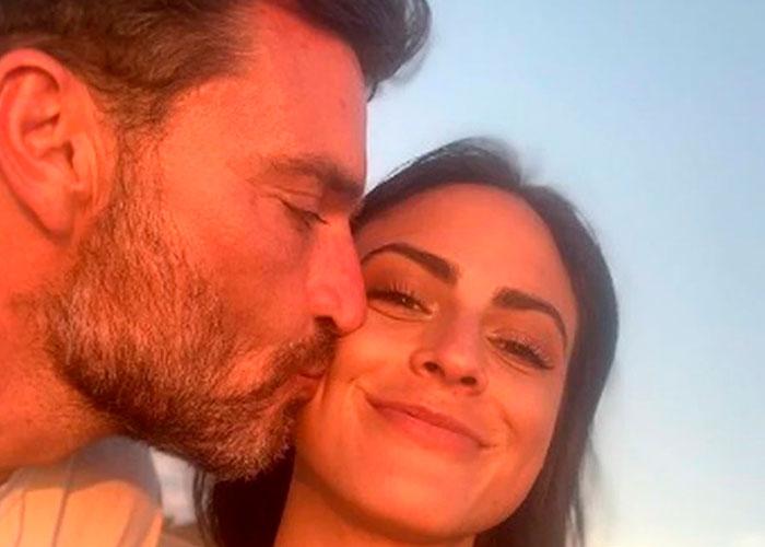 Julián Gil y su novia
