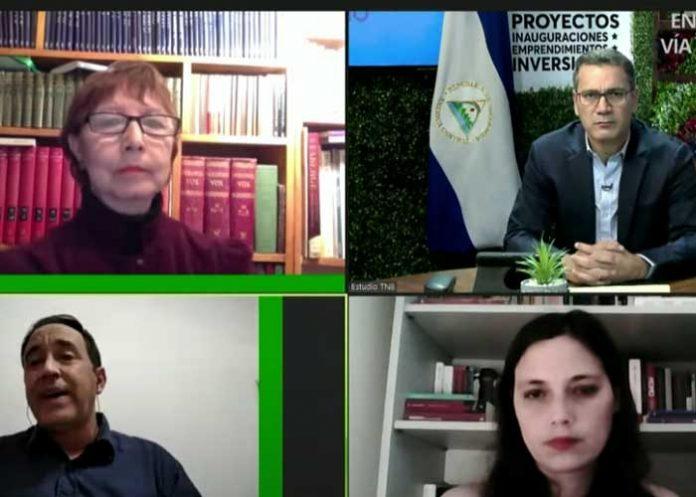 Entrevista a periodistas internacionales sobre golpes blandos en la región