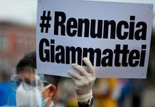Manifestante pidiendo la renuncia del presidente de Guatemala