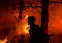 Enorme incendio que genera su propio clima en California