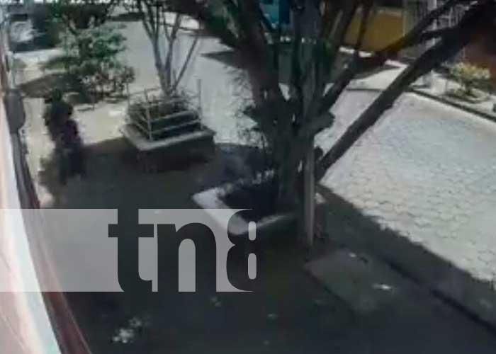 Mujer se porta más viva que sus asaltantes -Managua