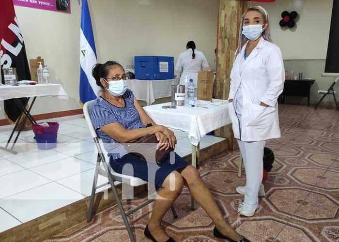 Jornada de vacunación contra el COVID-19 en Managua