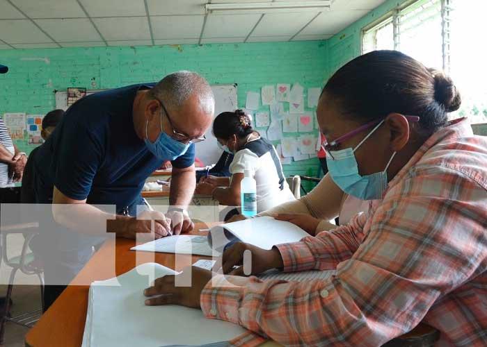 Ciudadanos de Nandaime realizan ejercicio de verificación en sus centros de votación