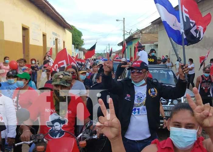 Caravana en Nandaime para celebrar el 42/19 de la Revolución