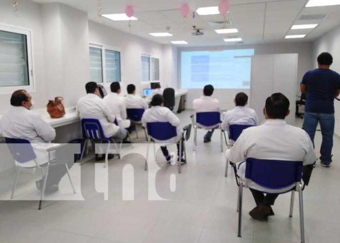 Conferencia con médicos de Nicaragua sobre cáncer de colon