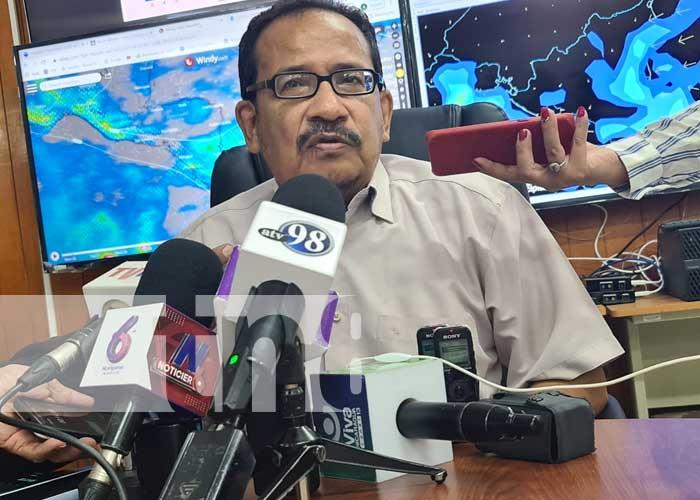 Conferencia de prensa del INETER por ondas tropicales en Nicaragua