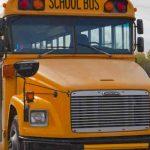 Niña vive terrorífico momento por un autobús escolar en EEUU