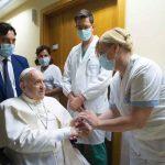 Foto: Papa Francisco salió del hospital tras su operación de colon/cortesía