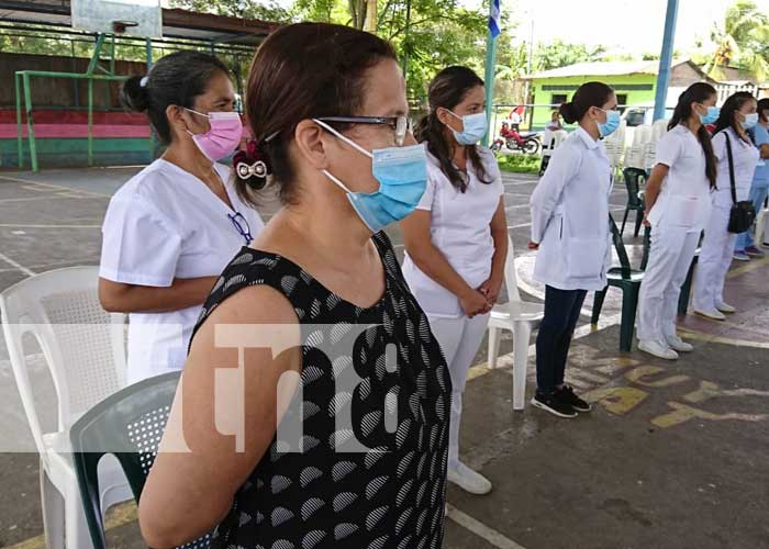 Reunión con autoridades y población en Muy Muy para evaluar servicios de salud