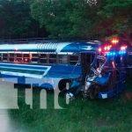 Accidente Sébaco-Matagalpa bus colisionado
