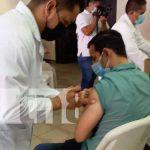 Jornada de aplicación de la vacuna contra el COVID-19 en Nicaragua