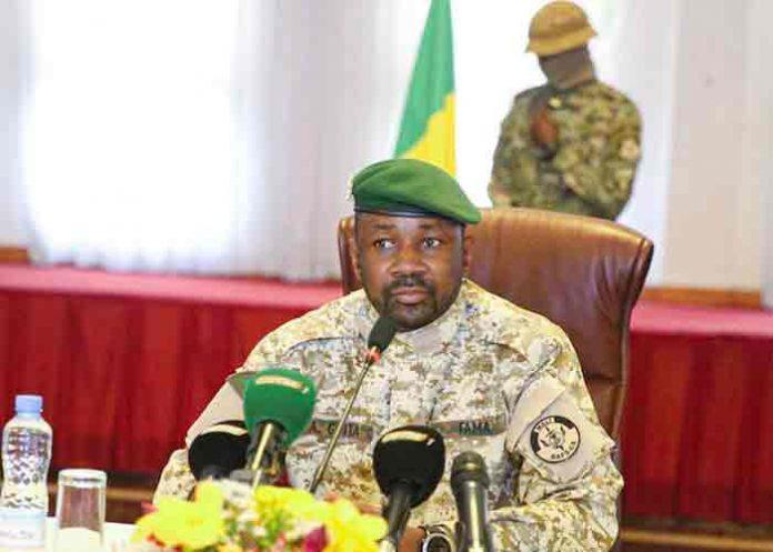 Revelan video de intento de asesinato del presidente interino de Mali