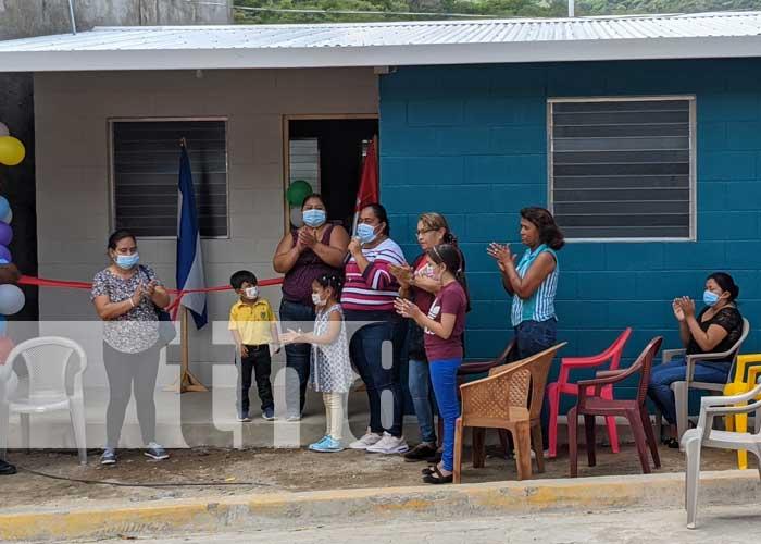 Nuevas viviendas entregadas a familias en Somoto